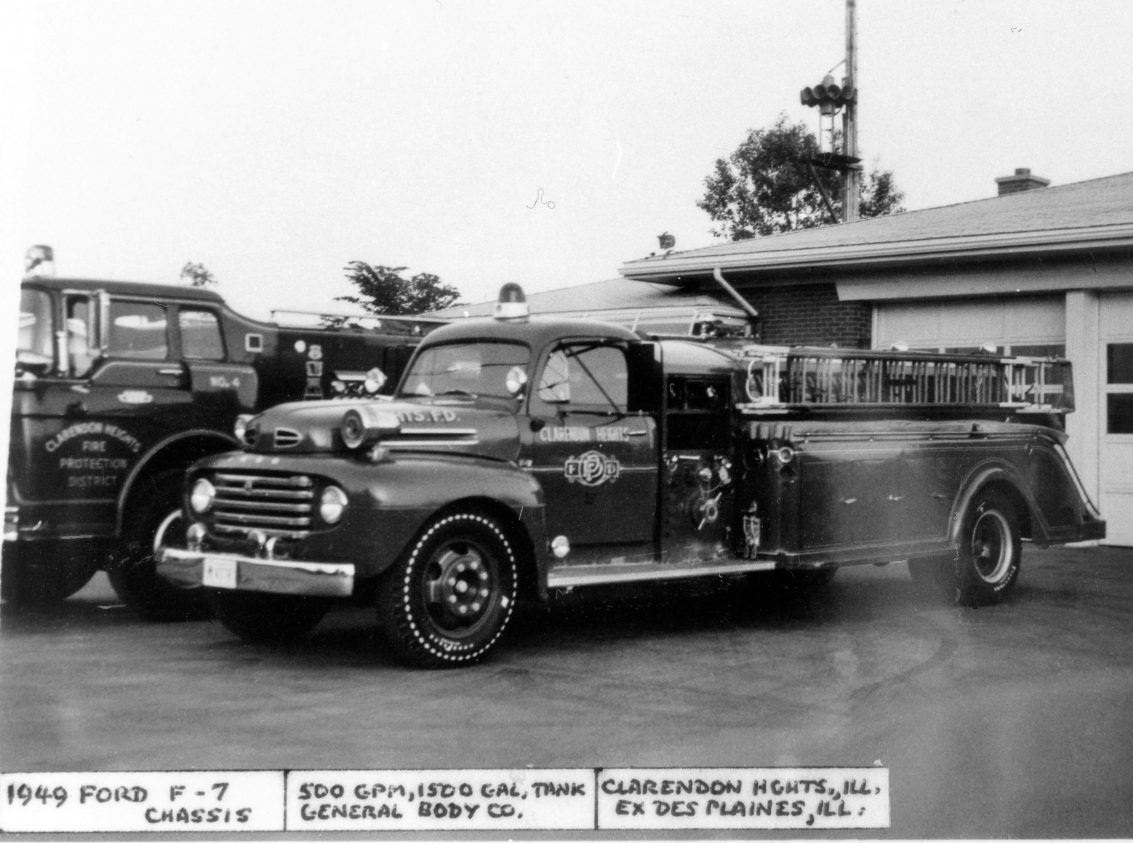 CLARENDON HEIGHTS SQUAD 392 1948 FORD F7 - GENERAL BODY 500-1500 X- DESPLAINES FD