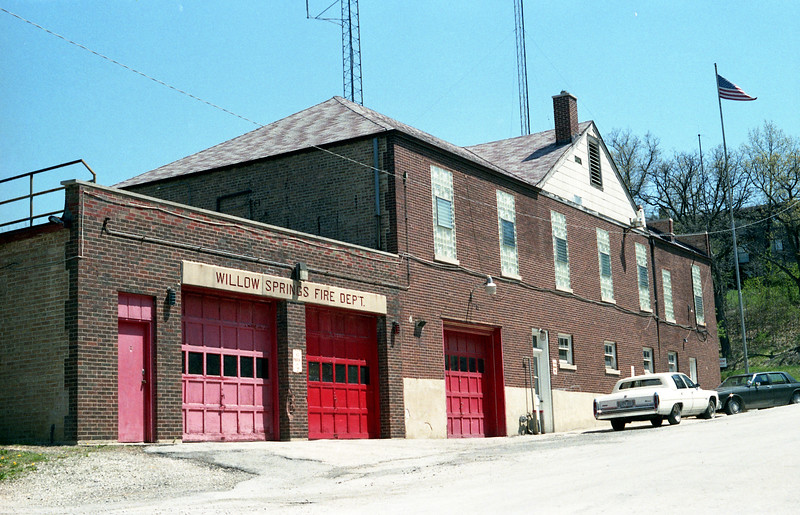 WILLOW SPRINGS FD IL STATION 1-L